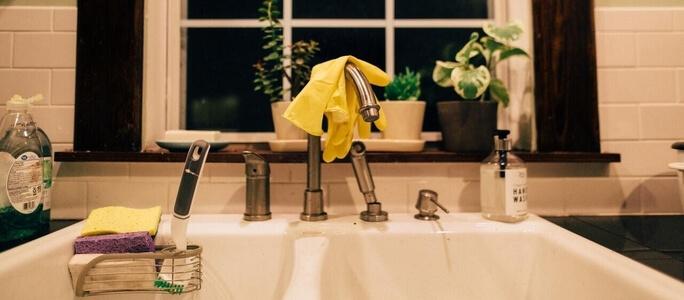 Best Ways to Unclog a Kitchen Sink Drain